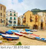 Купить «Cefalu in Sicily», фото № 30810662, снято 19 марта 2019 г. (c) Роман Сигаев / Фотобанк Лори