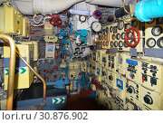 Купить «Калининград, Музей Мирового океана. Подводная лодка Б-413. Фрагмент технического отсека подводной лодки», фото № 30876902, снято 3 марта 2019 г. (c) Зобков Георгий / Фотобанк Лори