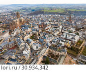 Купить «View from drone of Rodez, France», фото № 30934342, снято 4 января 2019 г. (c) Яков Филимонов / Фотобанк Лори
