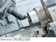 Купить «Cnc machine center for metal processing industry. Metalworking», фото № 30952026, снято 27 мая 2019 г. (c) Дмитрий Калиновский / Фотобанк Лори
