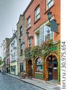 Купить «Temple Bar street, Dublin, Ireland», фото № 30975654, снято 15 сентября 2018 г. (c) Boris Breytman / Фотобанк Лори