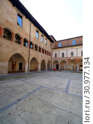 Купить «Palazzo del Broletto palace, Where from the 11th century, as a fenced area where city assemblies used to take place and where justice was administered, Pavia, Lombardy, Itay, Europe», фото № 30977134, снято 12 ноября 2019 г. (c) age Fotostock / Фотобанк Лори