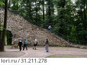 """Купить «Башня-руина в музее-заповеднике """"Царицыно""""», фото № 31211278, снято 7 июля 2018 г. (c) Free Wind / Фотобанк Лори"""