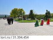 Купить «Pyongyang, North Korea. People», фото № 31394454, снято 2 мая 2019 г. (c) Знаменский Олег / Фотобанк Лори