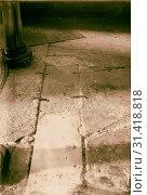 Купить «Hebron and surroundings Machpelah. Closed entrance to cave. Closing flagstones secured by iron clamps. 1920, West Bank, Hebron», фото № 31418818, снято 29 июня 2018 г. (c) age Fotostock / Фотобанк Лори
