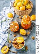 Купить «Delicious apricot jam with thyme and almonds», фото № 31422362, снято 7 июля 2019 г. (c) Марина Сапрунова / Фотобанк Лори