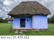 Купить «Aged Old Blue Rural House», фото № 31479322, снято 29 июня 2018 г. (c) easy Fotostock / Фотобанк Лори