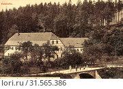 Winkelmühle Dorfhain, Road bridges in Landkreis Sächsische Schweiz-Osterzgebirge, 1903, Landkreis Sächsische Schweiz-Osterzgebirge, Weißeritztal, Winkelmühle, Germany (2019 год). Редакционное фото, фотограф Liszt Collection / age Fotostock / Фотобанк Лори