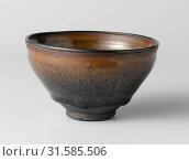 Купить «Tea bowl, Anonymous, c. 1300 - c. 1400», фото № 31585506, снято 3 декабря 2014 г. (c) age Fotostock / Фотобанк Лори