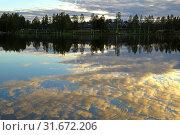 Купить «Sunset on Talvijarvi Lake in Ruka, Lapland, Finland», фото № 31672206, снято 3 июля 2019 г. (c) Валерия Попова / Фотобанк Лори