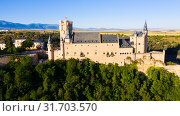 Купить «Aerial view of fortress Alcazar of Segovia. Spain», фото № 31703570, снято 17 июня 2019 г. (c) Яков Филимонов / Фотобанк Лори