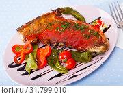 Купить «Lamb ribs with hot chili sauce», фото № 31799010, снято 22 января 2020 г. (c) Яков Филимонов / Фотобанк Лори
