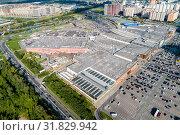 Купить «Московская область, Химки, вид сверху на торговый комплекс «Мега»», фото № 31829942, снято 22 июля 2019 г. (c) glokaya_kuzdra / Фотобанк Лори