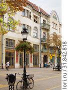 Купить «Красивое здание в стиле венгерского модерна в городе Суботице в Сербии», фото № 31842818, снято 31 августа 2012 г. (c) Солодовникова Елена / Фотобанк Лори