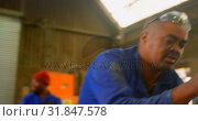 Купить «Worker making mold in foundry workshop 4k», видеоролик № 31847578, снято 27 сентября 2018 г. (c) Wavebreak Media / Фотобанк Лори