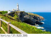 Купить «Lighthouse at cape Major (Faro de Cabo Mayor). Santander. Spain», фото № 31920386, снято 14 июля 2019 г. (c) Яков Филимонов / Фотобанк Лори