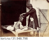 [Indian Barber], 1860s, Albumen silver print from glass negative, 14.9 x 19.4 cm. (5 7/8 x 7 5/8 in.), Photographs, Willoughby Wallace Hooper (British, 1837–1912) (2017 год). Редакционное фото, фотограф © Copyright Artokoloro Quint Lox Limited / age Fotostock / Фотобанк Лори