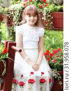 Купить «Девочка в цветах», эксклюзивное фото № 31958078, снято 26 мая 2019 г. (c) Инна Козырина (Трепоухова) / Фотобанк Лори