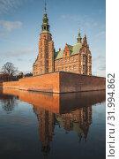 Купить «Exterior of Rosenborg Castle», фото № 31994862, снято 10 декабря 2017 г. (c) EugeneSergeev / Фотобанк Лори