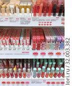 Купить «Cosmetics at Etude House cosmetics store, Hong Kong», фото № 32003382, снято 19 сентября 2017 г. (c) Александр Подшивалов / Фотобанк Лори