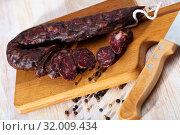 Купить «French tasty meal dry-cured sausage with liver at wooden desk», фото № 32009434, снято 25 августа 2019 г. (c) Яков Филимонов / Фотобанк Лори