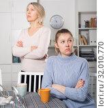 Adult daughter quarreled with her mother. Стоковое фото, фотограф Яков Филимонов / Фотобанк Лори