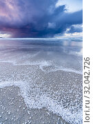 Купить «Skagsanden beach after a hailstorm at sunset, Flakstad, Nordland county, Northern Norway, Norway.», фото № 32042726, снято 9 июля 2020 г. (c) age Fotostock / Фотобанк Лори