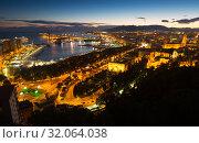 seaside part of Malaga with Port from castle (2014 год). Стоковое фото, фотограф Яков Филимонов / Фотобанк Лори