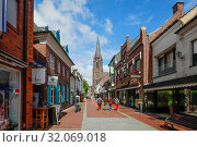 Купить «Marian Basilica and Chapel of Grace, Kevelaer, North Rhine-Westphalia, Germany», фото № 32069018, снято 5 мая 2019 г. (c) Caro Photoagency / Фотобанк Лори