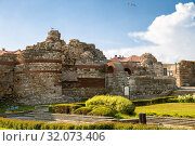 Купить «Ruins of western wall of ancient Mesembria fortress,  old town of Nessebar, Bulgaria», фото № 32073406, снято 26 июня 2019 г. (c) Юлия Бабкина / Фотобанк Лори