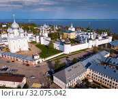 Aerial view of district of Rostov-on-don on riverside with church (2019 год). Стоковое фото, фотограф Яков Филимонов / Фотобанк Лори