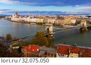 Купить «Image of view on Parliament and Chain Bridge in Budapest», фото № 32075050, снято 29 октября 2017 г. (c) Яков Филимонов / Фотобанк Лори