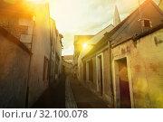 Narrow streets of Auxerre, France (2018 год). Стоковое фото, фотограф Яков Филимонов / Фотобанк Лори