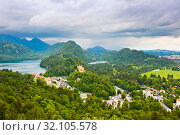 Купить «Вид на замок Хоэншвангау или Гогеншвангау (Schloß Hohenschwangau). Летний день. Перед дождем. Бавария. Германия», фото № 32105578, снято 21 июня 2019 г. (c) E. O. / Фотобанк Лори