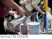 Coffee break at conference meeting. Business and entrepreneurship. Стоковое фото, фотограф Zoonar.com/Matej Kastelic / age Fotostock / Фотобанк Лори
