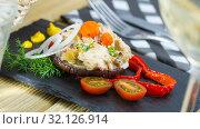 Купить «Chicken salad served on eggplant», фото № 32126914, снято 17 февраля 2020 г. (c) Яков Филимонов / Фотобанк Лори