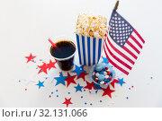 Купить «flag and popcorn on american independence day», фото № 32131066, снято 28 мая 2015 г. (c) Syda Productions / Фотобанк Лори