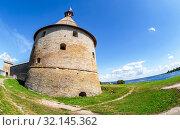 Купить «Fisheye view on historical fortress Oreshek», фото № 32145362, снято 8 августа 2018 г. (c) FotograFF / Фотобанк Лори