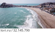 Купить «Hotels at sea side in Penisola town. Valencia, Spain», видеоролик № 32145790, снято 16 апреля 2019 г. (c) Яков Филимонов / Фотобанк Лори