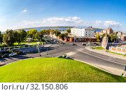 Купить «Fisheye view from height on Volga river, city crossroad», фото № 32150806, снято 22 сентября 2018 г. (c) FotograFF / Фотобанк Лори