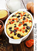 Купить «Millet casserole with dried fruits», фото № 32152494, снято 29 марта 2019 г. (c) Надежда Мишкова / Фотобанк Лори