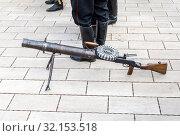 Купить «Lewis automatic machine gun», фото № 32153518, снято 6 октября 2018 г. (c) FotograFF / Фотобанк Лори