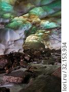 Glacial cave. Стоковое фото, фотограф Сергей Краснощеков / Фотобанк Лори