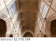 Vaulted ceiling of the Bath Abbey, UK (2017 год). Редакционное фото, фотограф EugeneSergeev / Фотобанк Лори