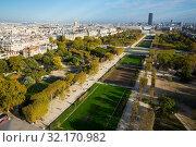 Купить «Panoramic view of summer Paris», фото № 32170982, снято 10 октября 2018 г. (c) Яков Филимонов / Фотобанк Лори