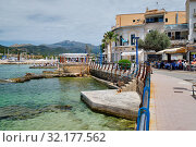 Seafront promenade on Mediterranean Sea at Andratx, Majorca, Balearic Islands, Spain (2019 год). Стоковое фото, фотограф Alexander Tihonovs / Фотобанк Лори