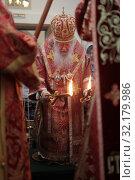 Купить «Праздничная литургия в Усово. VIII Елисаветинский Крестный ход», эксклюзивное фото № 32179986, снято 15 сентября 2019 г. (c) Дмитрий Неумоин / Фотобанк Лори