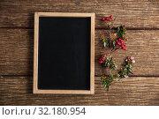 Купить «Autumnal flat lay with chalkboard», фото № 32180954, снято 13 августа 2019 г. (c) Wavebreak Media / Фотобанк Лори