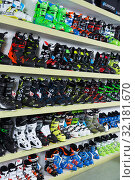 Купить «Modern ski boots in store of Barcelona», фото № 32181670, снято 6 февраля 2018 г. (c) Яков Филимонов / Фотобанк Лори