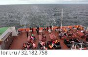 Купить «Бар для пассажиров на корме круизного парома. Лайнер Viking Line финской судоходной компании в Балтийском море», видеоролик № 32182758, снято 17 июня 2019 г. (c) Кекяляйнен Андрей / Фотобанк Лори